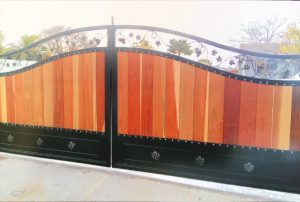 Los_altos_hills_Dual_swing_gates