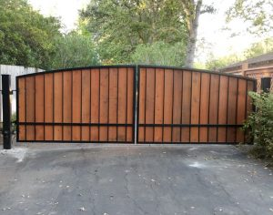 Portola_valley__dual_gate_Swing