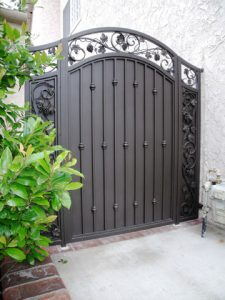 ornamental_side_gate_San_Jose