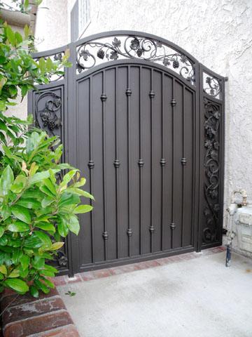 ornamental_side_gate_San_Jose