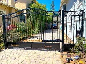 Burlingame Single Swing Gate